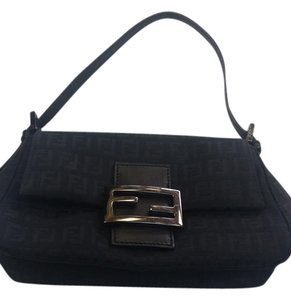 6a45bf90d104 Fendi Baguettes - Up to 90% off at Tradesy (Page 5)