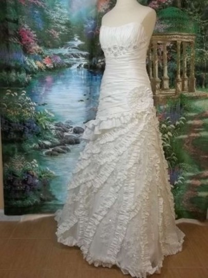 Alfred Angelo Diamond White Taffeta 2173 Formal Wedding Dress Size 8 (M)