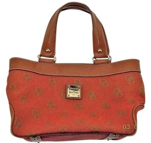 Dooney & Bourke & Monogram Tote in Red Monogram/Tan
