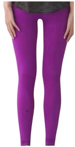 Lululemon New With Tags Lululemon Zone In Tight Size 6 Tender Violet