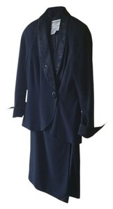 Day Mor Evening Suit