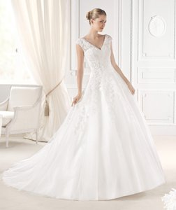 Pronovias Ellis Wedding Dress
