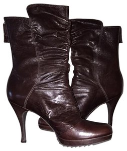 Juicy Couture Burgundy Boots