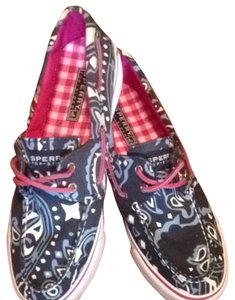 Sperry Paisley Athletic