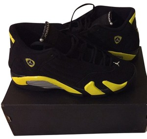 Nike Retro Black/Vibrant Yellow/White Athletic