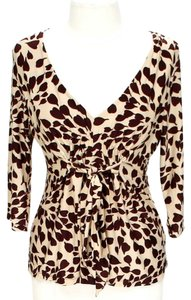 BCBGMAXAZRIA V-neck Print Top