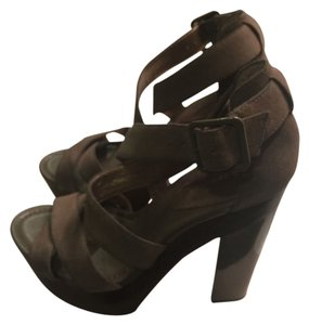 BCBG Paris Stone Wedges