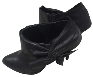 Laundry by Shelli Segal Black Boots