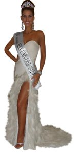Terani Couture Feathers Front Slit Train Strapless Pageant Miss Misses Universe Beaded Dress