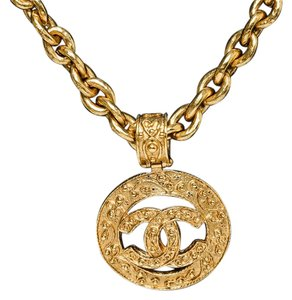 Chanel Chanel Gold Medallion CC Necklace 94A