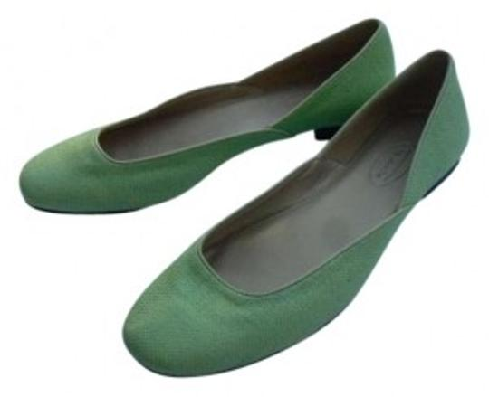 Preload https://item4.tradesy.com/images/talbots-lime-green-flats-size-us-8-134048-0-0.jpg?width=440&height=440