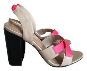L'AGENCE Strappy Colorblock Chunky Block Heel beige/black/coral Sandals