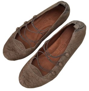 Gentle Souls Ballet Slipper Distressed Soft Padded Brown Flats