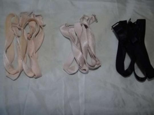 Other Lot of 5 bra straps
