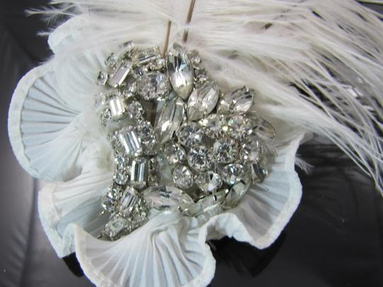 White Feathers Rhinestones All Glass Swarovski Perfect Vintage Stones Hairpiece with And Hair Accessory
