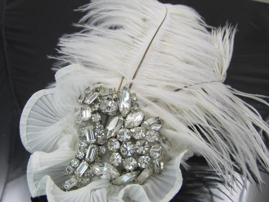 White Feathers Rhinestones All Glass Swarovski Perfect Vintage Stones Hairpiece with And Hair Accessories