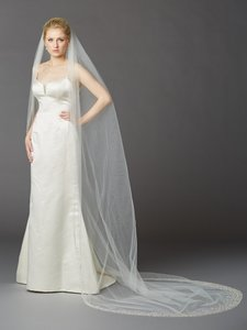 Mariell Breathtaking 1 Layer Cathedral Wedding Veil With Dramatic Crystal Pearl And Beaded Edging 4424v-i