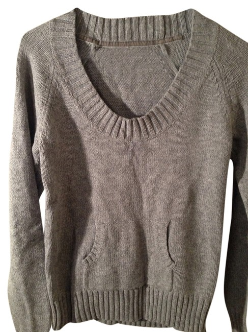 Preload https://item4.tradesy.com/images/old-navy-sweater-1341418-0-0.jpg?width=400&height=650