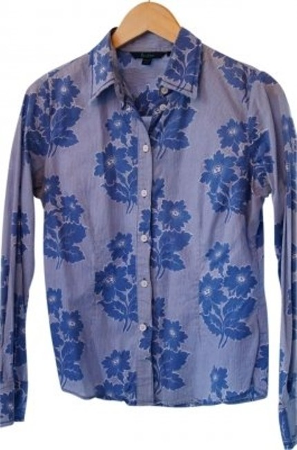 Preload https://img-static.tradesy.com/item/13415/boden-blue-and-white-fitted-lightweight-cotton-button-down-top-size-10-m-0-0-650-650.jpg
