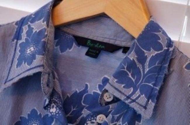 Boden Button Down Shirt Blue & White