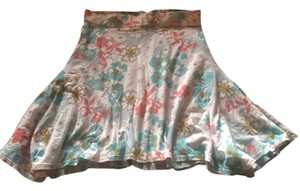 Patagonia Skirt white/blues/with orange, pine, gray, brown floral