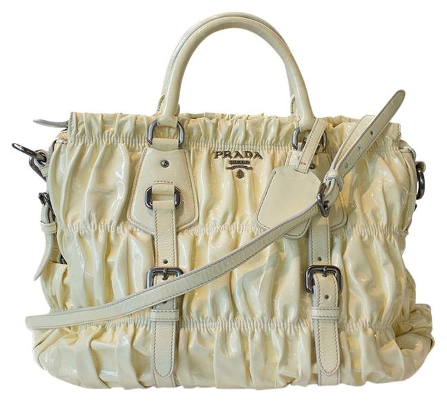 Item - Bag Rosso Vernice Gaufre Light Yellow Patent Leather Tote