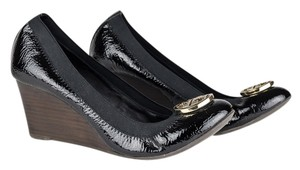 Tory Burch Patent Leather Logo Luxury Chic black Wedges