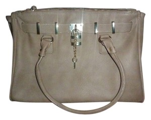 ALDO Purse Style Stylish Girl Girly Fashion Pretty Gold Tote in Taupe