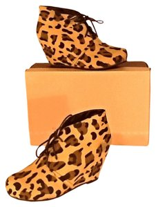 Bamboo Leopard Boots