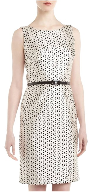 Preload https://img-static.tradesy.com/item/13428358/above-knee-night-out-dress-size-4-s-0-1-650-650.jpg