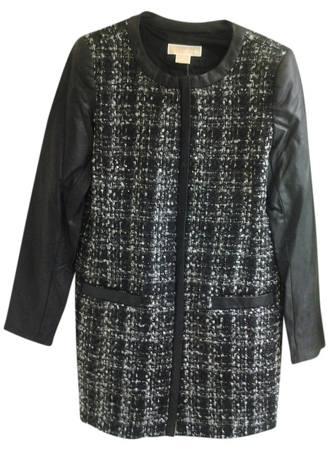 Preload https://item4.tradesy.com/images/michael-kors-black-and-white-dress-coatjacket-size-petite-6-s-1342838-0-0.jpg?width=400&height=650