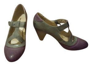 Graceland Retro Purple and Gray Pumps