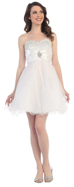 Preload https://img-static.tradesy.com/item/13429210/cindy-collection-white-1177-above-knee-cocktail-dress-size-2-xs-0-1-650-650.jpg