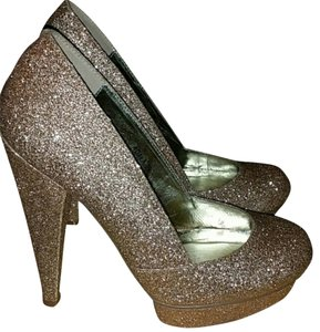Gomax Heels gold Pumps