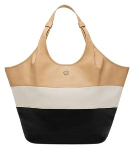 Tory Burch Tote in Black white beige