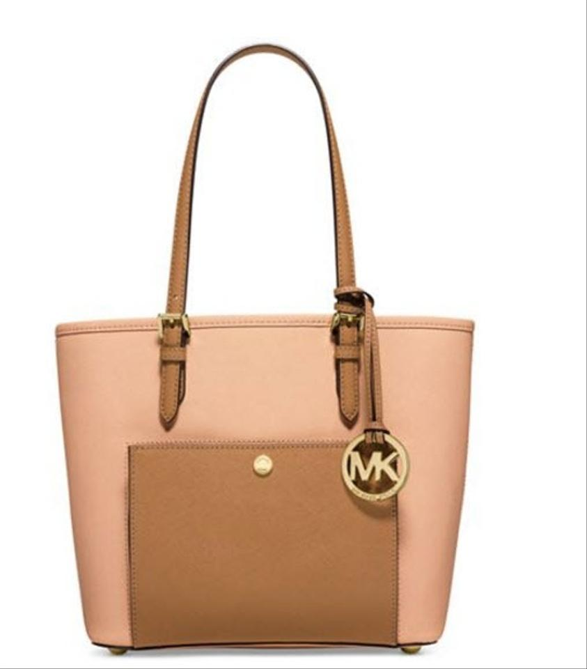 2e6ef2cdd6b7 Michael Kors Jet Set Item Snap Pocket Medium Nude Peanut Gold Leather Tote
