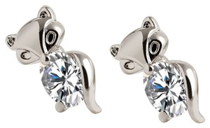 New 14K White Gold Filled Cubic Zirconia Fox Stud Earrings J2263