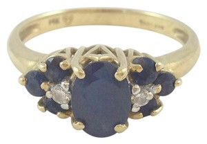 Diamond & Sapphire Yellow Gold Ring