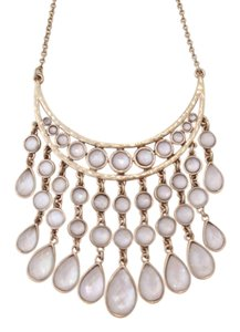 Lucky Brand 60% OFF! BRAND NEW Lucky Brand Gold-Tone White Collar Bib Necklace