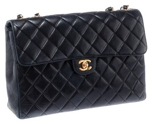 Chanel Quilted Leather Lambskin Quilted Leather Gold Hardware Shoulder Bag