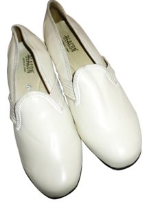 Beacon beige Flats
