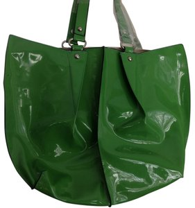 Next Day Shipping Shiny Tote in Kelly Green