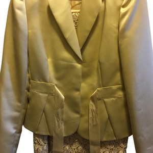 Tahari Yellow skirt suit