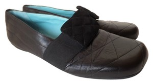Thierry Rabotin Quilted Flat Loafer 9 Black Flats