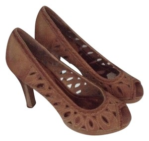 Burlington coat factory Pumps