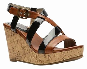 Kenneth Cole Reaction Leather Patent Leather Cork Sandal Brown Wedges