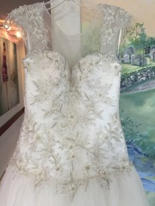 Casablanca 2147 Wedding Dress