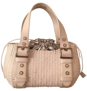 Maxx New York Basket Tote in While and Silver