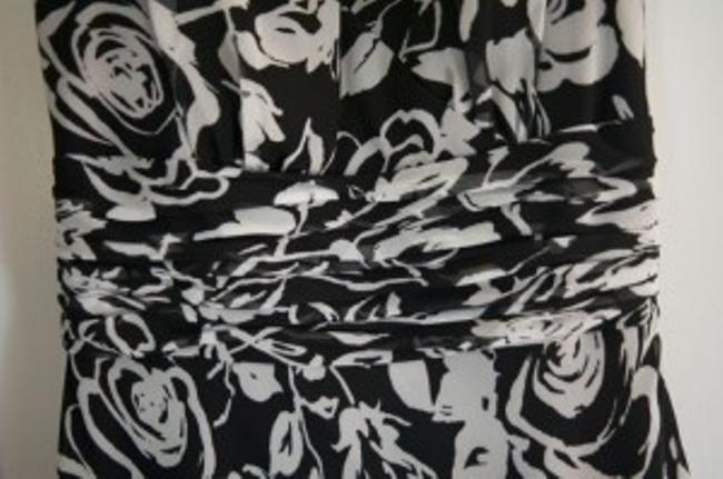 Ann Taylor Lined Floral Print Flattering A Line Cut Dress