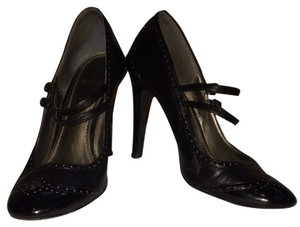 Paolo Black Pumps